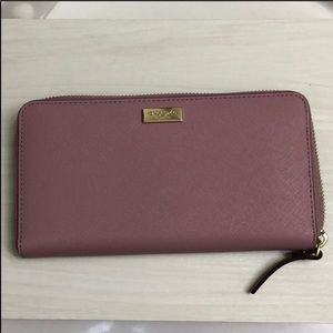 NWT kate spade ♠️ neda zip wallet in dustypeony